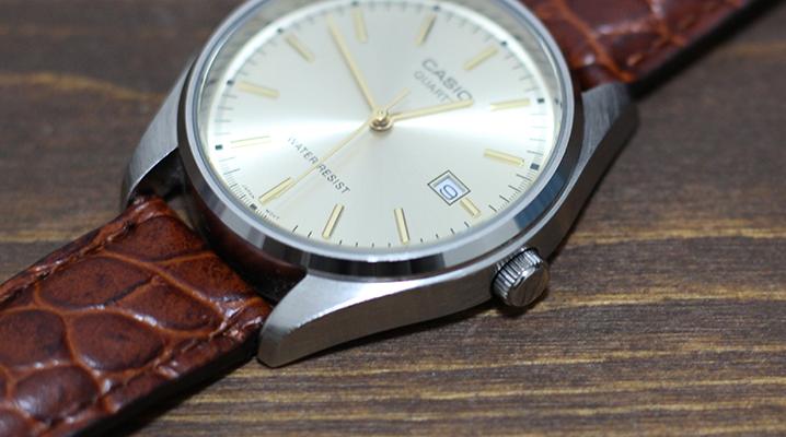 アナログ時計のおすすめチープカシオMTP-1175E-9AJ - 時間調整ネジ
