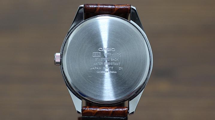 アナログ時計のおすすめチープカシオMTP-1175E-9AJ - 裏面