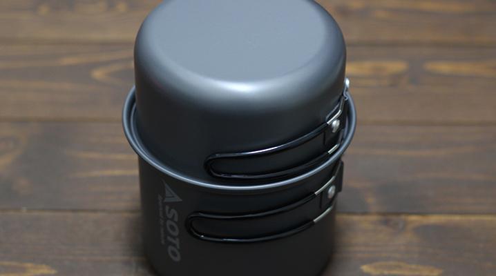 2つのクッカーを重ねた状態 - SOTOクッカーコンボ