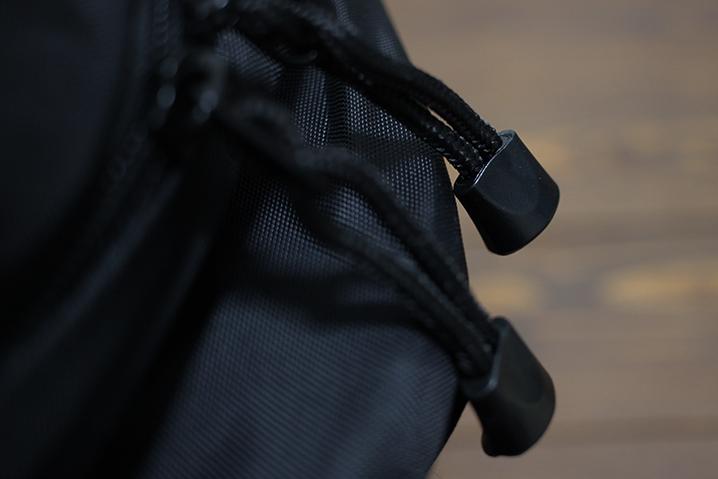 ジッパーの持ち手 - ザ・ノース・フェイス テルス25